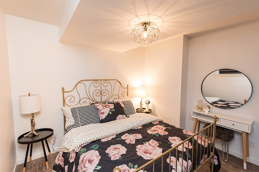 spacious spare bedroom